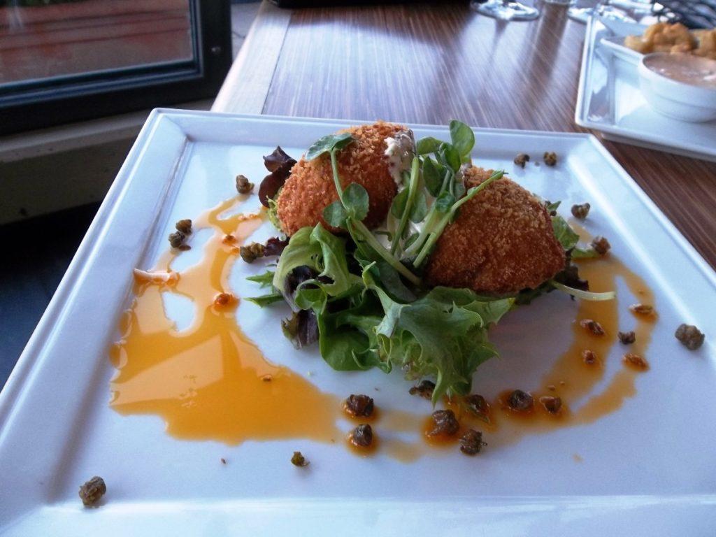 Delta Victoria Ocean Pointe Resort and Spa Food