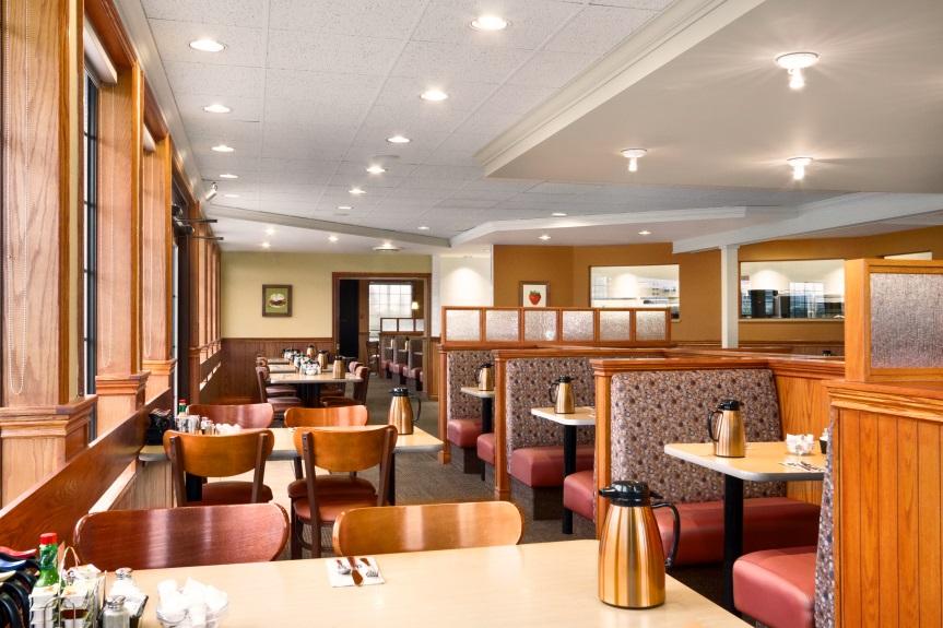 travelodge hotel chilliwack room restaurant