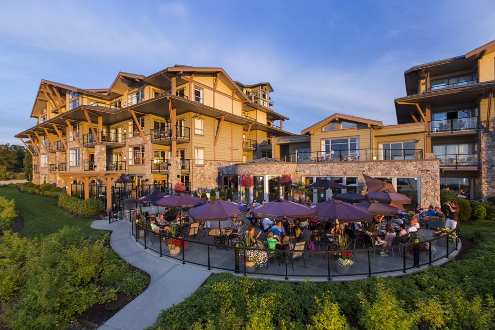 beach club resort parksville