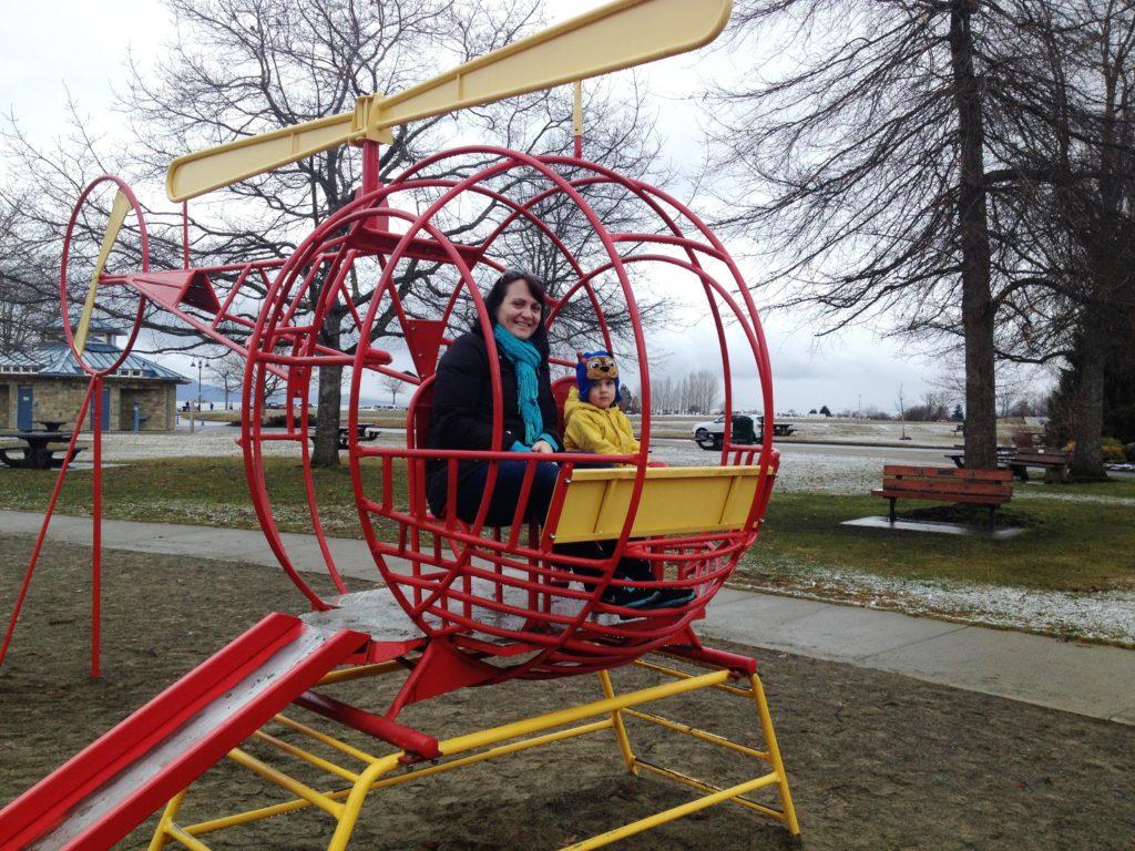 beach club resort parksville playground