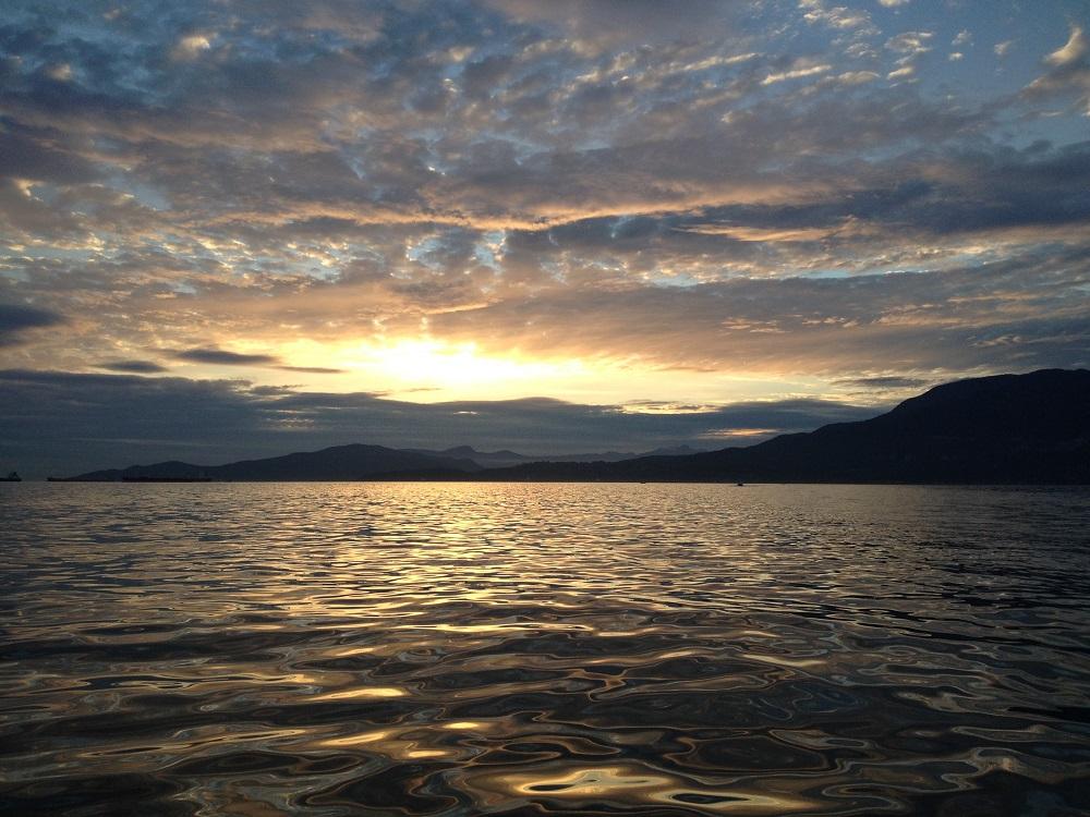 vancouver water adventures bowen island sunset