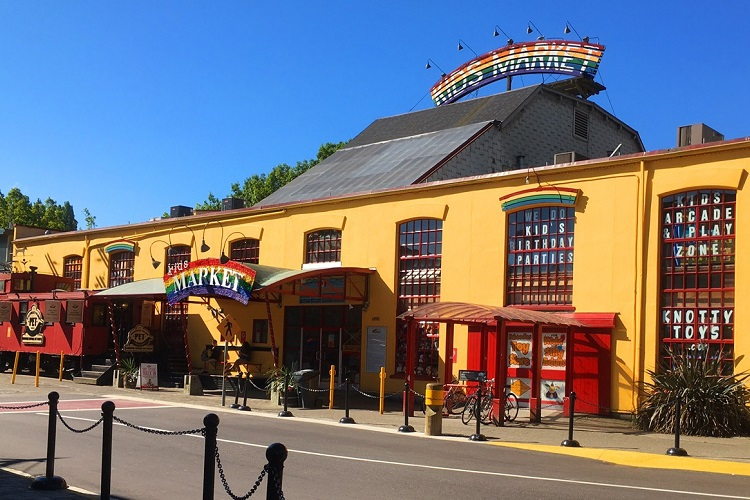 Granville Island Kits Market