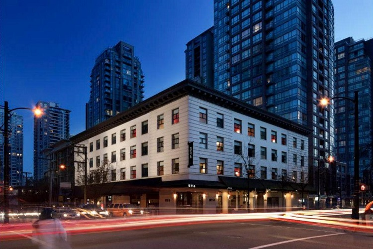 Moda Hotel Vancouver