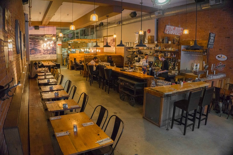 Catch 122 Cafe Bistro Vancouver